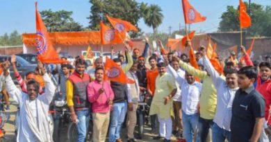 ब्रेकिंग न्यूज़ : अयोध्या में 1992 जैसे हालात? हिन्दू संगठनों का जमावड़ा, किले में तब्दील हुई रामनगरी